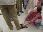 17-5-04 Kashmiri Women protest
